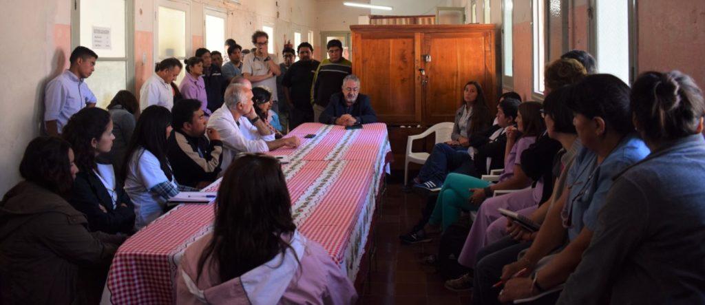 """""""Comunidad y Estado tenemos que trabajar juntos para poder resolverle los problemas a la gente"""". Ministro de Salud, Gustavo Bouhid"""