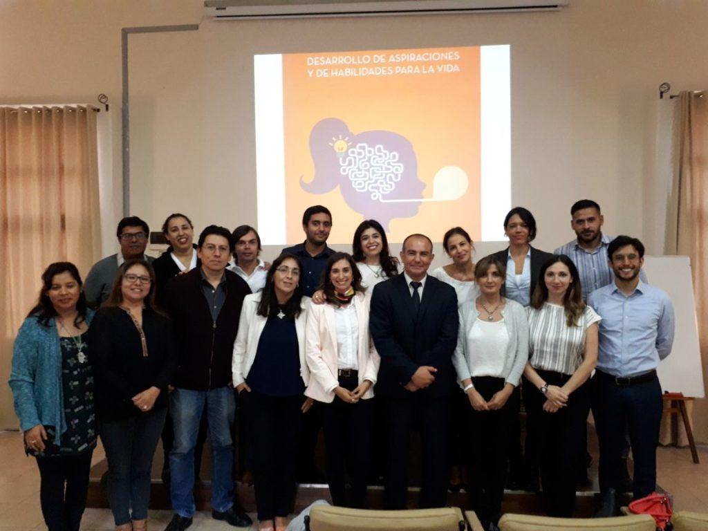Secretario de Salud, Pablo Jure junto a Representante del Banco Mundial, Vanina Camporale y equipos técnicos de Ministerios locales, de Salta y Tucumán.